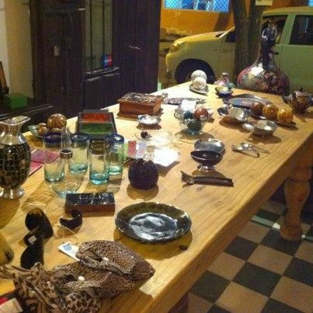 Hotel Casa Amani:                   Tienda Amani