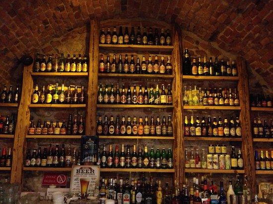Chmiel Beer Pub :                   Bar