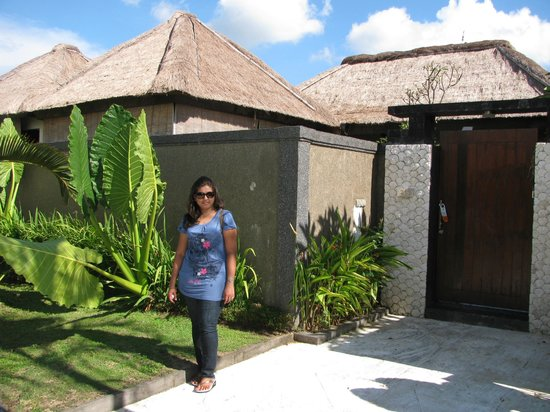 Bali Rich Luxury Villa:                   Standing Outside Our Villa