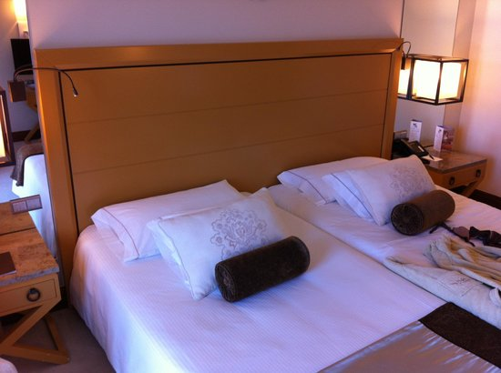 Grande Real Villa Italia Hotel & Spa:                                                       Quarto (Camas)
