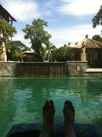 The Lokha Legian:                   love the pool