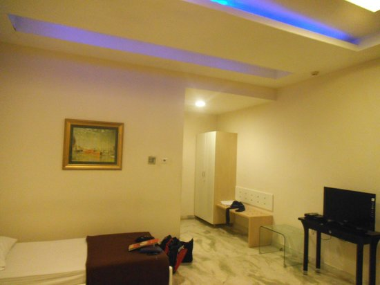 Star City Hotel & Serviced Apartments:                   malapit sa pinto