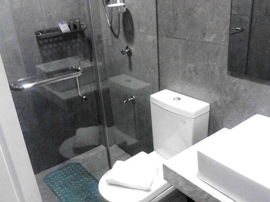Z Pad Residences:                   Bathroom