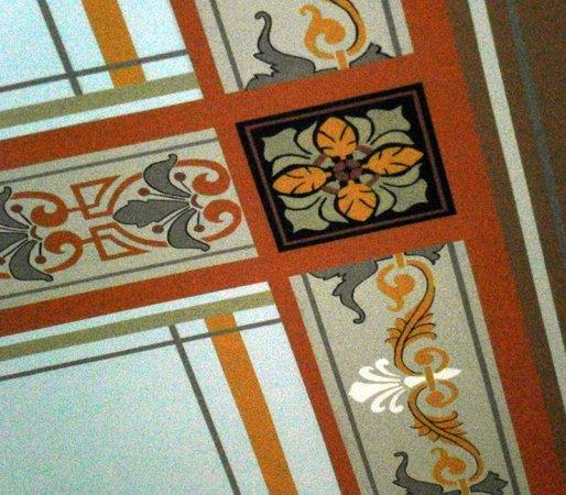 St. Johnsbury Athenaeum:                   Stenciled ceiling detail