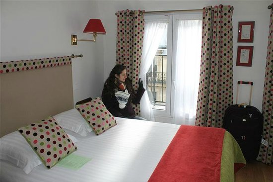 New Orient Hotel:                   funky pillows and curtains