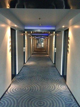 Dream Bangkok:                   Hallway