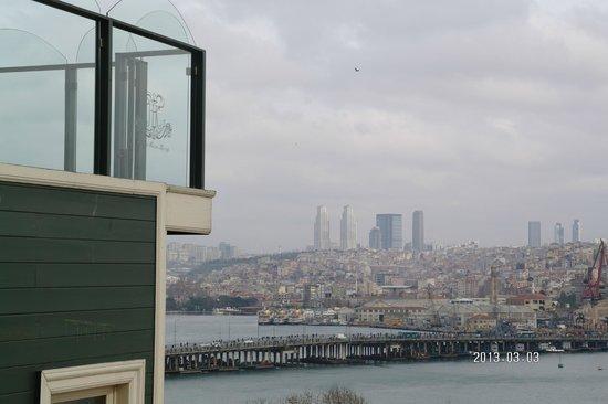 Hayriye Hanim Konagi Hotel:                   Ausblick über die Terasse