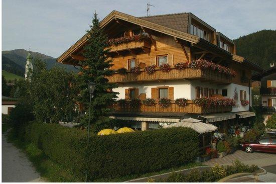 Photo of Hotel Stauder Toblach