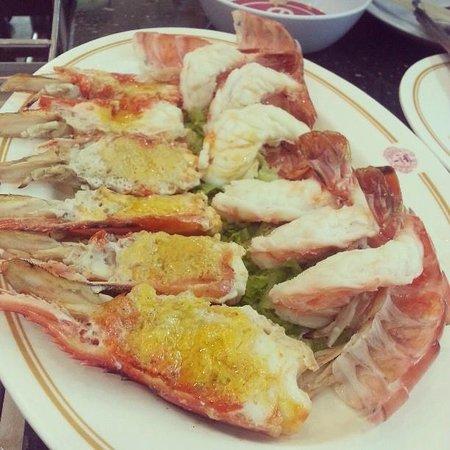 T-Pochana Ratchaprarop:                   Must try tiger prawn BBQ