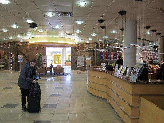 Danubius Hotel Helia:                   Receptionen