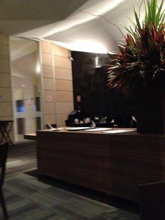 Atton San Isidro:                   dining room
