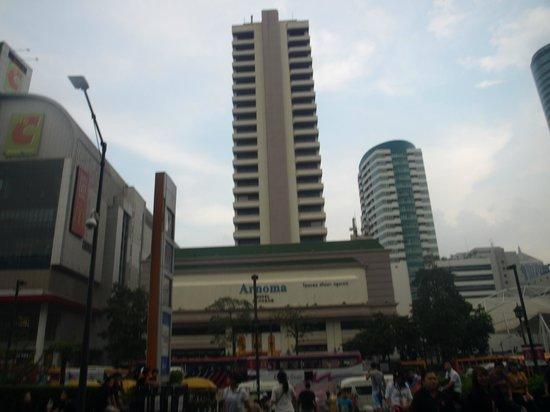 Arnoma Grand Bangkok:                   Arnoma Hotel