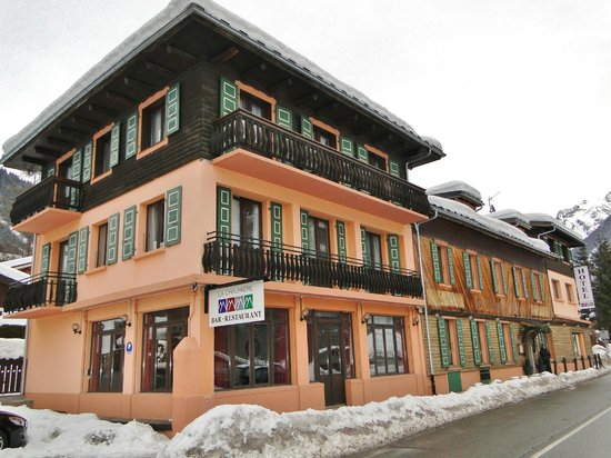 Hotel La Chaumiere:                   Hotel muito bem localizado