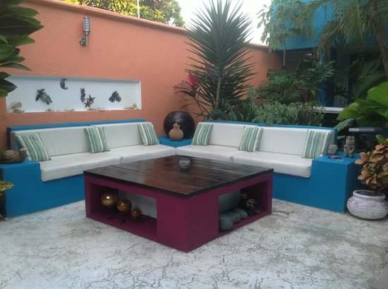 Villas Las Anclas: Outdoor sitting area