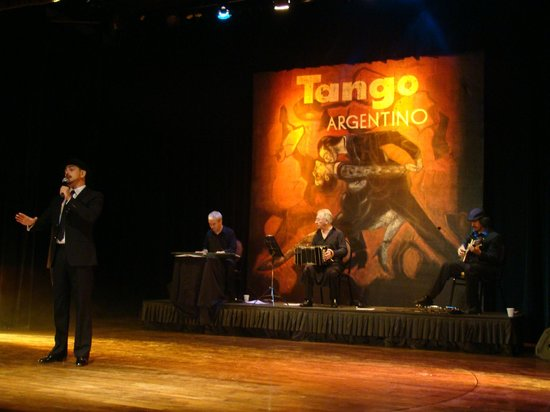 Iguazu Grand Resort, Spa & Casino:                   Show de tango no teatro do hotel