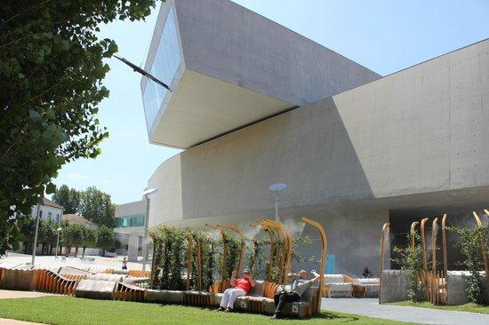 Hotel Dei Consoli: Das architektonisch sehr interessante Museum für moderne Kunst in Rom