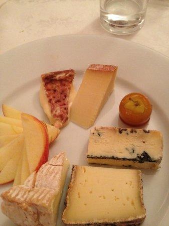 Bon Appetite:                   Assiette de fromage