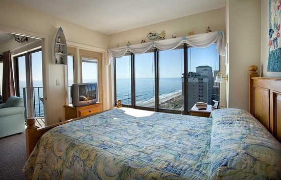 The Palace Resort: Angle Oceanfront 2 Bedroom