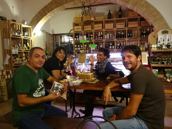 Enoteca Fontepetri:                   A special time with our new friends
