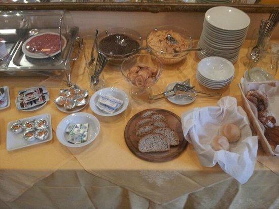 Hotel Emma:                   colazione da campioni!