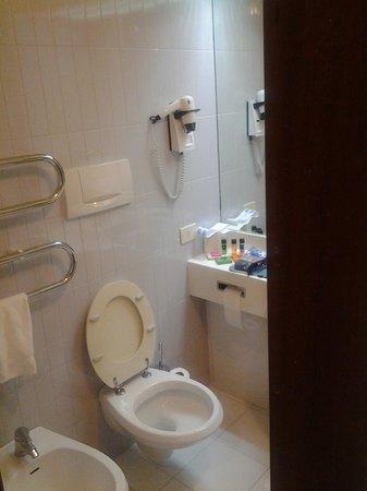Euro Hotel:                   bagno