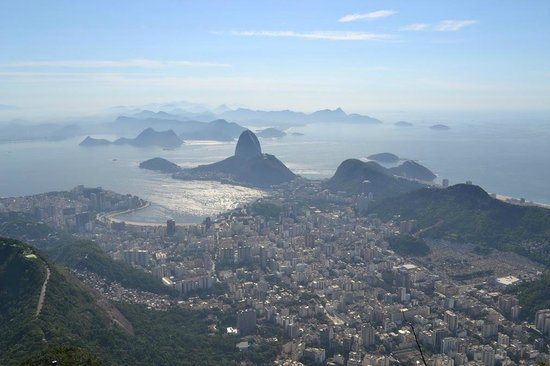 TourGuide Neyla:                   Rio waking in the morning