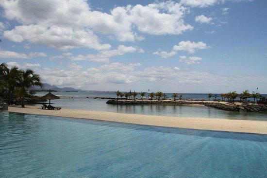 InterContinental Mauritius Resort Balaclava Fort:                   Sea