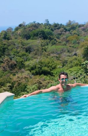 Gaia Hotel & Reserve: The Upper Level of the Infinity Pool - Our Favorite!