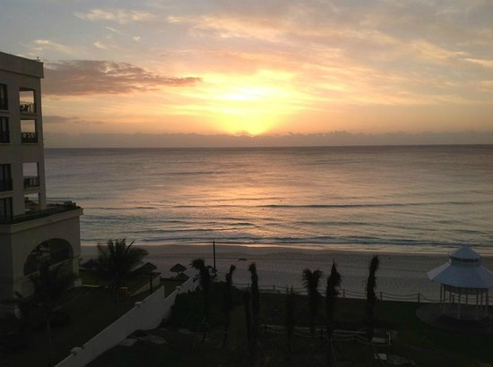 Paradisus Cancun:                   Sunrise view from our room 5518