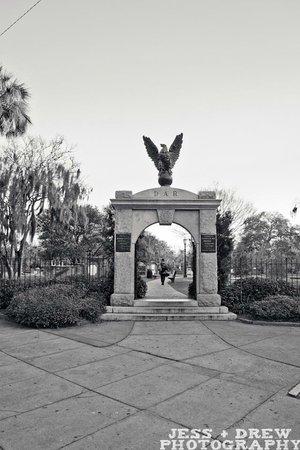 Walk + Shoot Savannah: colonial park cemetery gate