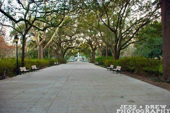 Walk + Shoot Savannah: Forsyth Park