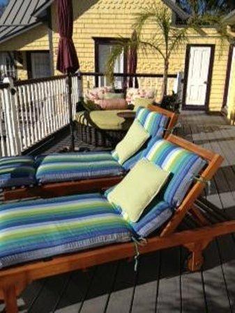 Bayfront Marin House Historic Inn:                   Deck-lounges