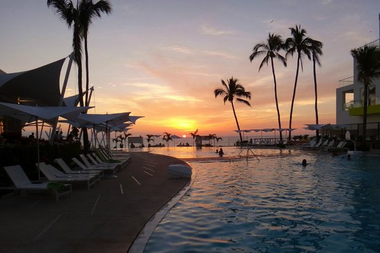 Hilton Puerto Vallarta Resort:                   What's not to enjoy about a place like this