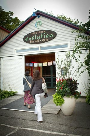 Blue Moon Evolution: Restaurant Entrance