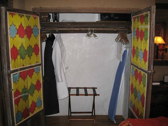 Inn of the Five Graces:                   Amber - Master bedroom closet (there's even a shoe shine kit!)