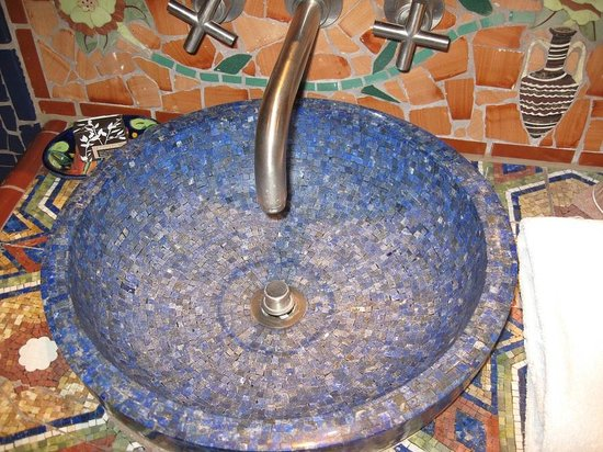 Inn of the Five Graces:                   Amber - Amazing Lapis Lazuli sinks