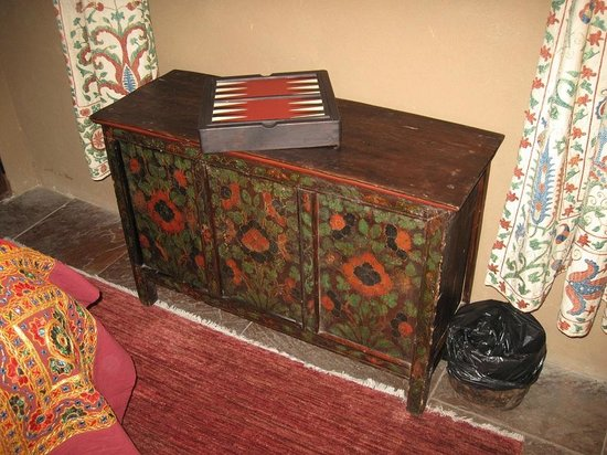 Amber - 2nd bedroom furniture - Picture of Inn of the Five ...