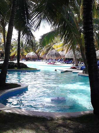 Caribe Club Princess Beach Resort & Spa: The other pool.