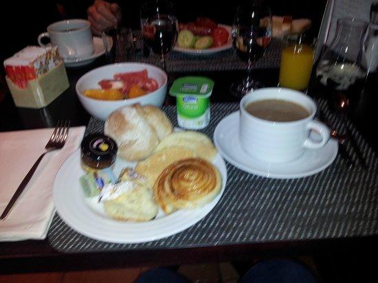 InterContinental Lisbon:                   Petit déjeuner