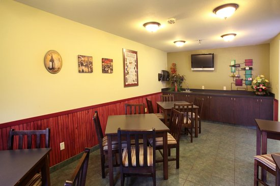 Motel 6 Sutherlin, OR: Wine Tasting/Breakfast Seating