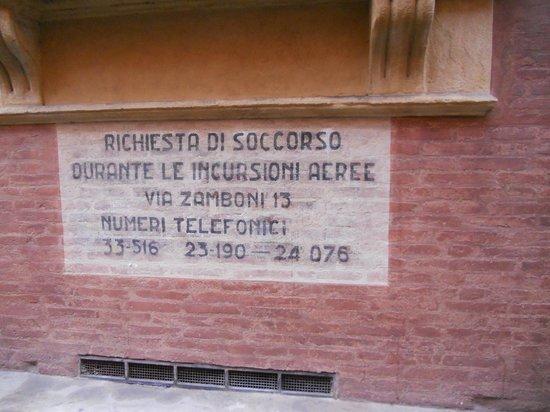 San Vitale e Agricola in Arena:                   Palazzo Fantuzzi-Bologna