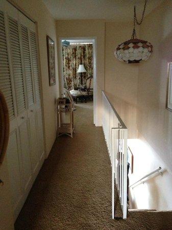 Makani Sands :                   hallway upstairs