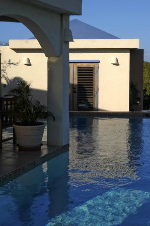 Indigo Reef : Private Mangrove Villa Pool