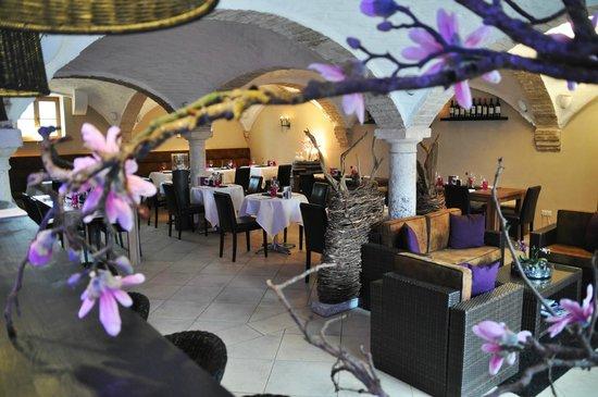 Augustlhof: Saustall - Restaurant