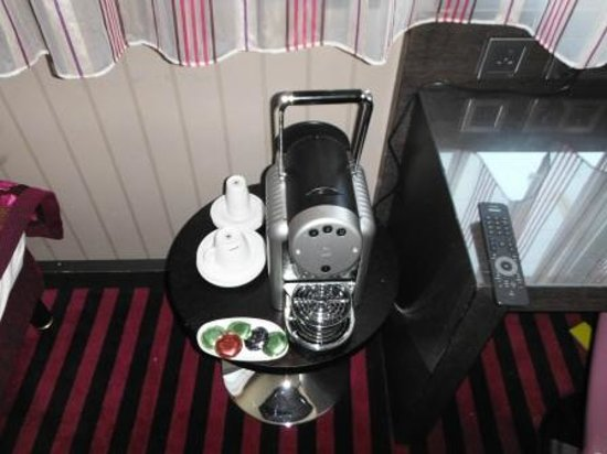 Holiday Inn Paris - Notre Dame: Expresso