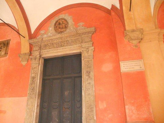 San Vitale e Agricola in Arena:                   Esterno Chiesa Ss.Vitale e Agricola -Bologna
