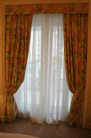 Belmond Copacabana Palace:                   Curtains from the early 90's ?!