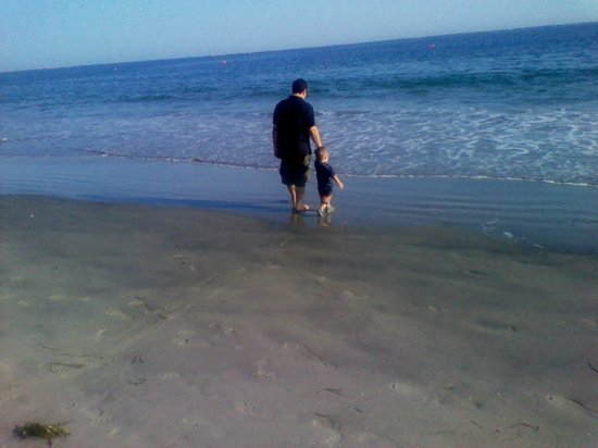 Roger W. Wheeler State Beach :                   Make a special memory with your family!