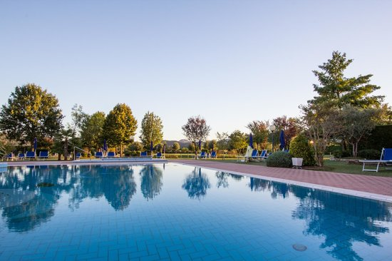 Hotel Abano Leonardo Da Vinci Terme & Golf: outdoor pool