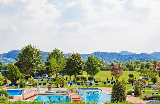 Hotel Leonardo Da Vinci Terme & Golf: view